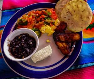 übliches Frühstück in Guatemala