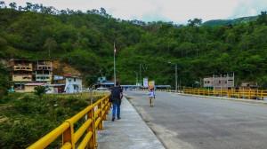 Brücke Grenze Ecuador-Peru