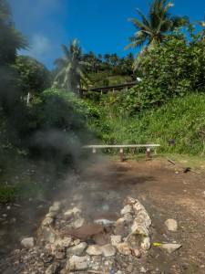 Savusavu - heisse Quelle, die von Fijianerinnen gern zum Kochen genutzt wird